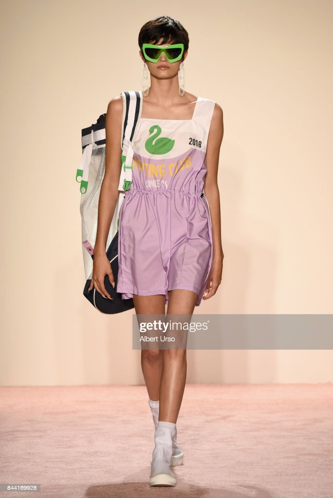 model-walks-the-runway-at-the-gcds-fashion-show-during-new-york-week-picture-id844169928