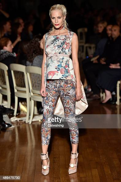 A model walks the runway at the Giles Spring Summer 2016 fashion show during London Fashion Week on September 21 2015 in London United Kingdom