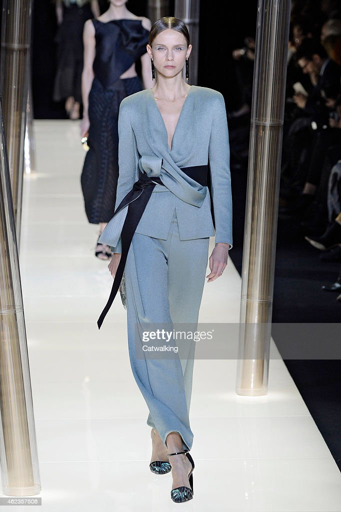 A model walks the runway at the Giorgio Armani Prive Spring Summer 2015 fashion show during Paris Haute Couture Fashion Week on January 27 2015 in...