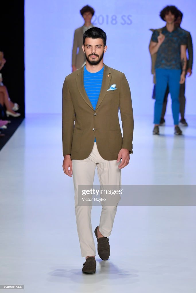 A model walks the runway at the Giovane Gentile show during Mercedes-Benz Istanbul Fashion Week September 2017 at Zorlu Center on September 13, 2017 in Istanbul, Turkey.