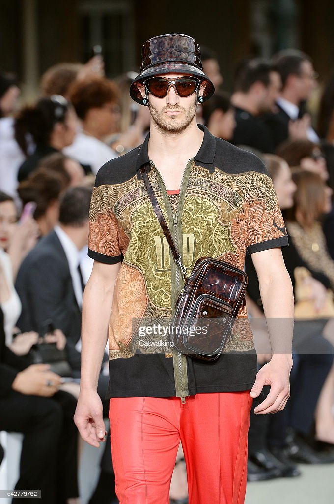 A model walks the runway at the Givenchy Spring Summer 2017 fashion show during Paris Menswear Fashion Week on June 24, 2016 in Paris, France.