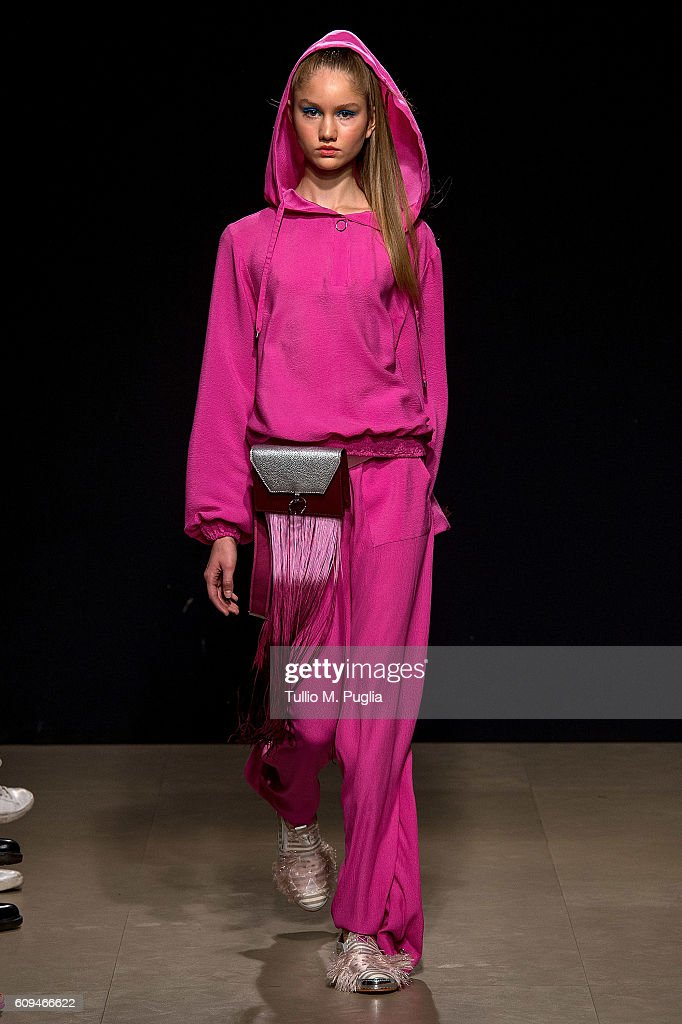 model-walks-the-runway-at-the-grinko-show-during-milan-fashion-week-picture-id609466622