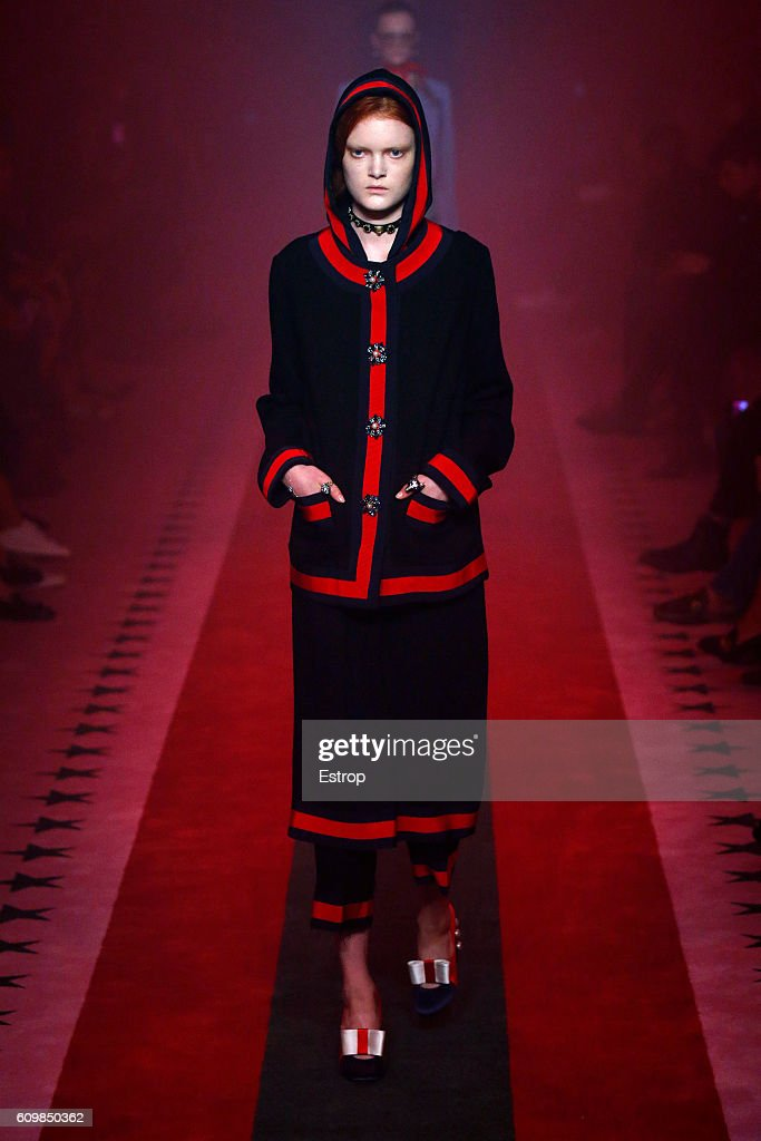 model-walks-the-runway-at-the-gucci-designed-by-alessandro-michele-picture-id609850362