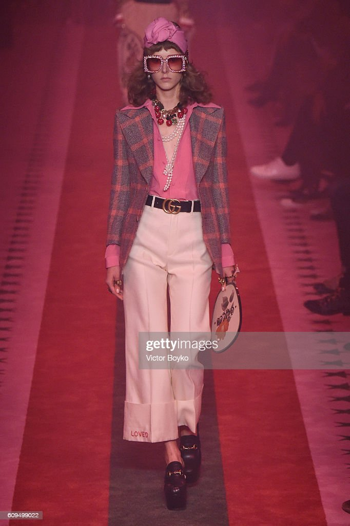 model-walks-the-runway-at-the-gucci-show-during-milan-fashion-week-picture-id609499022