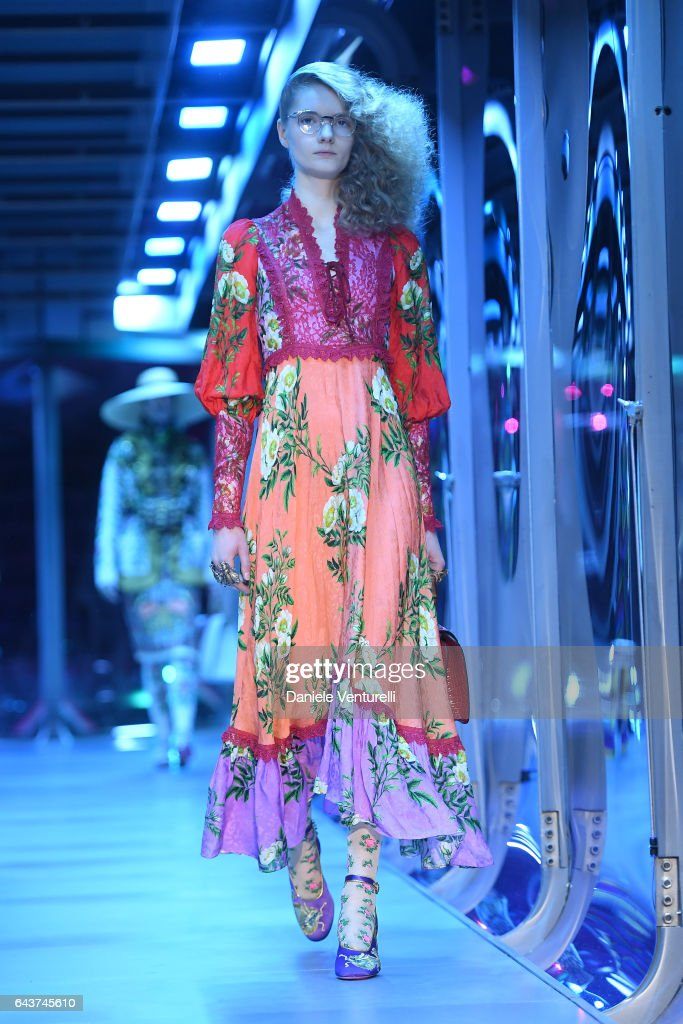 model-walks-the-runway-at-the-gucci-show-during-milan-fashion-week-picture-id643745610