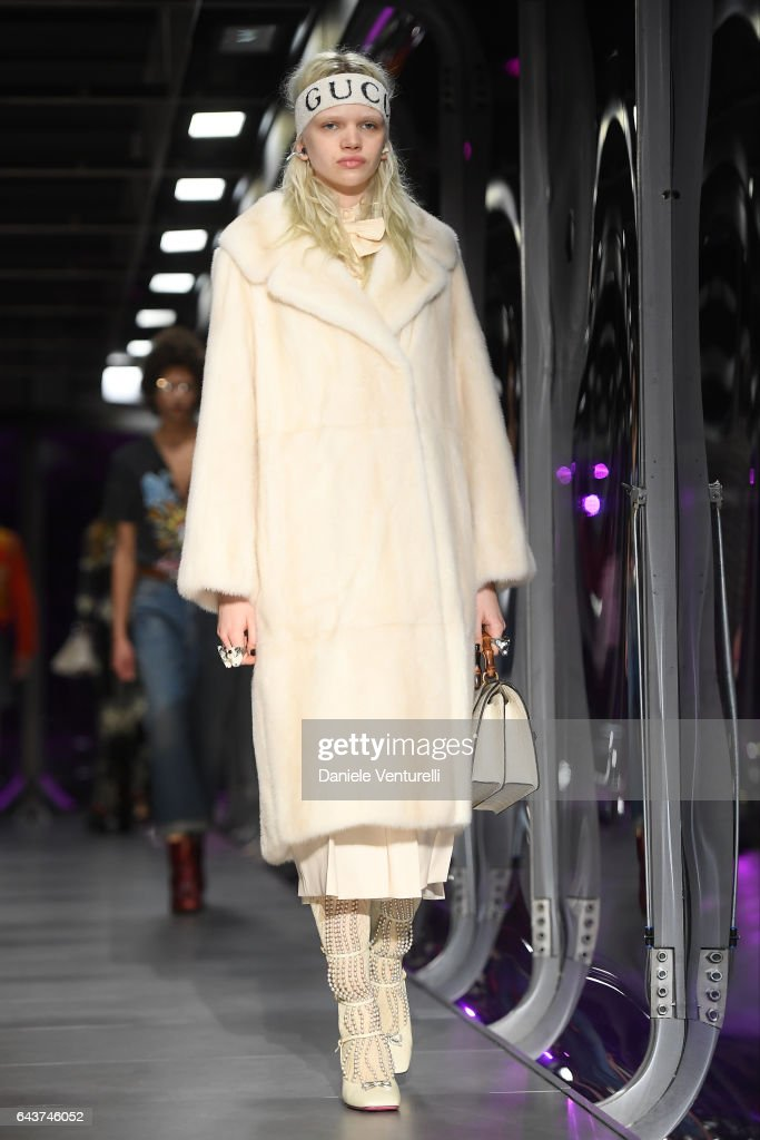 model-walks-the-runway-at-the-gucci-show-during-milan-fashion-week-picture-id643746052