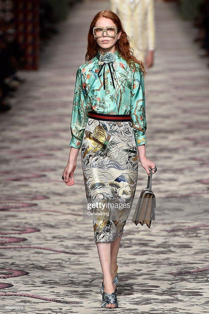 Gucci runway rtw spring 2016 milan fashion week for Milan show 2016