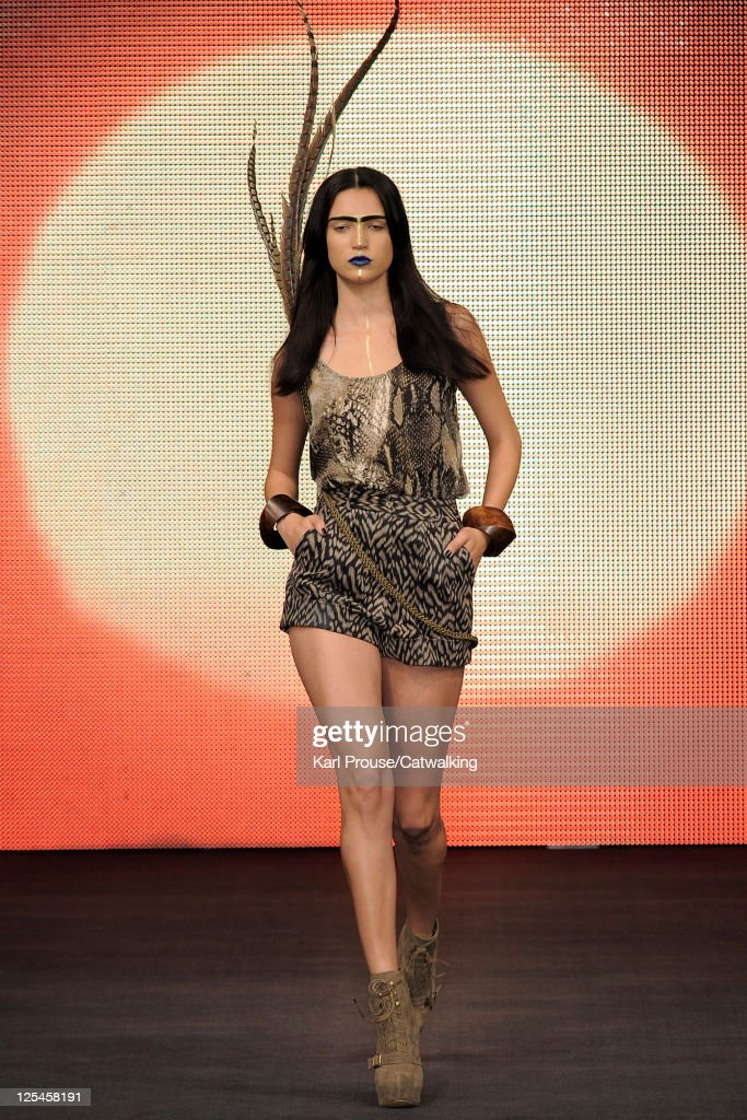 A model walks the runway at the House of Dereon by Beyonce Knowles fashion show during London Fashion Week on September 17 2011 in London United...