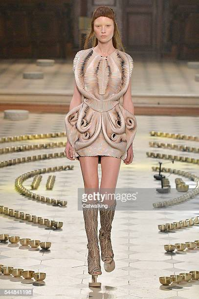 A model walks the runway at the Iris Van Herpen Autumn Winter 2016 fashion show during Paris Haute Couture Fashion Week on July 4 2016 in Paris France