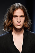 Isabel Benenato - Runway - Milan Men's Fashion Week...