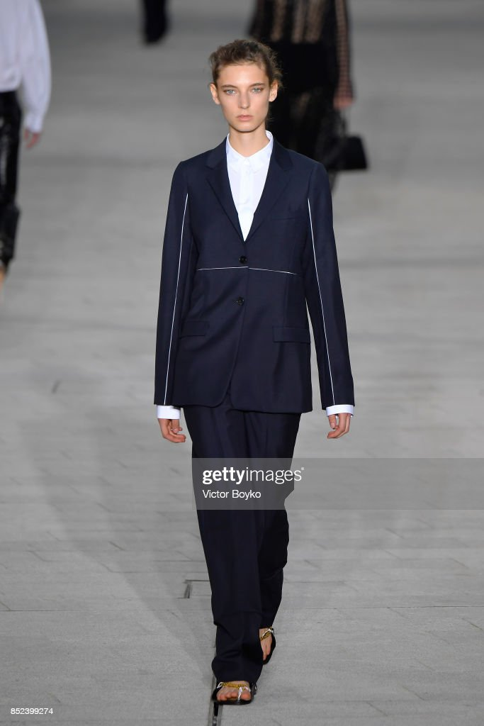 model-walks-the-runway-at-the-jil-sander-show-during-milan-fashion-picture-id852399274