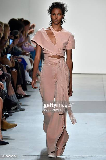 A model walks the runway at the Jonathan Simkhai Ready to Wear Spring/summer 2018 fashion show during New York Fashion Week on September 9 2017 in...