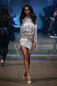 Julien Macdonald - Runway - LFW September 2019