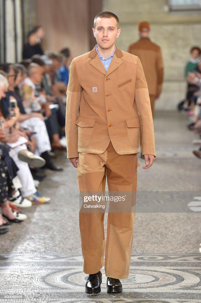 model-walks-the-runway-at-the-junya-watanabe-man-spring-summer-2018-picture-id800088556