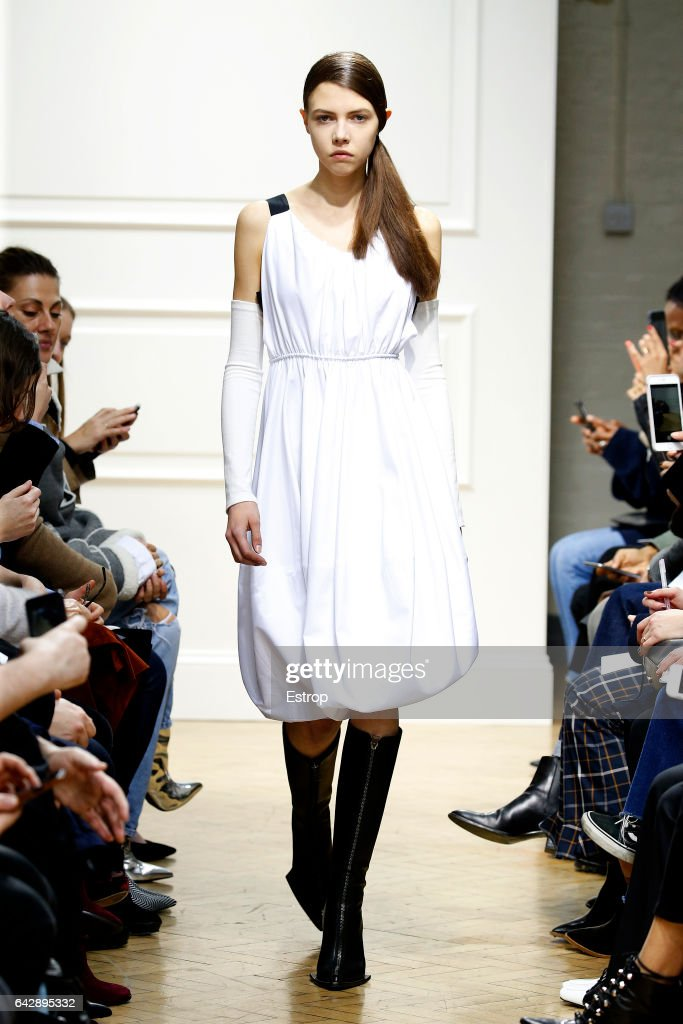 model-walks-the-runway-at-the-jwanderson-show-during-the-london-week-picture-id642895332