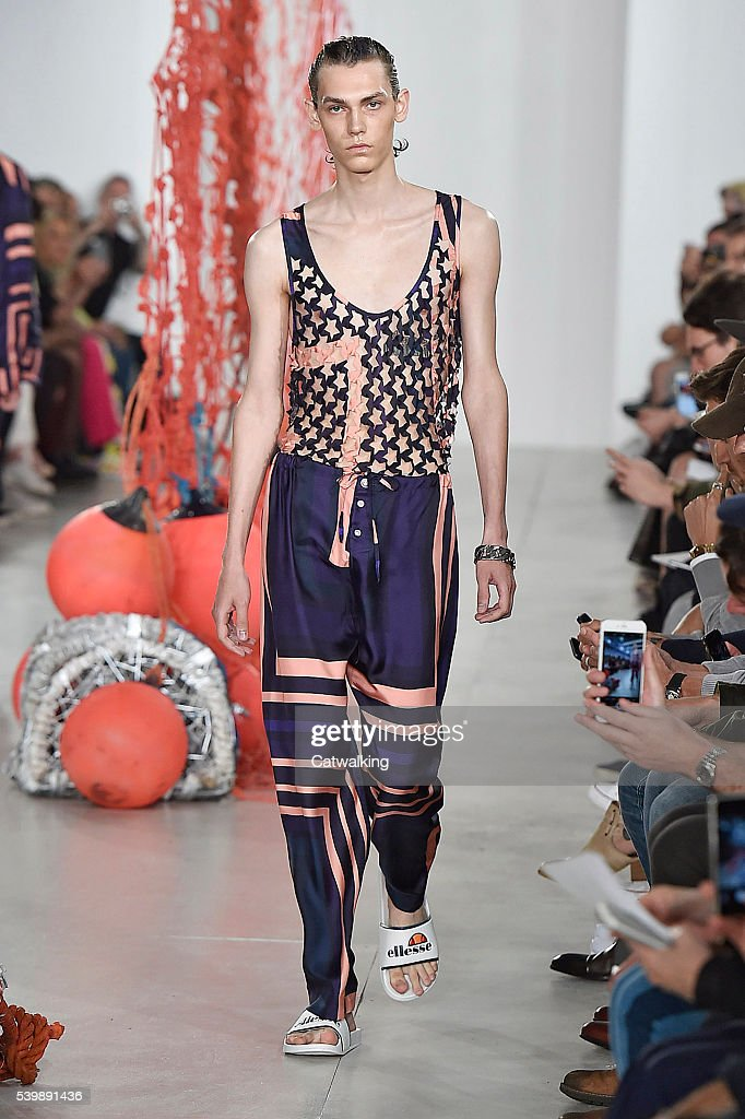 A model walks the runway at the Katie Eary Spring Summer 2017 fashion show during London Menswear Fashion Week on June 13 2016 in London United...