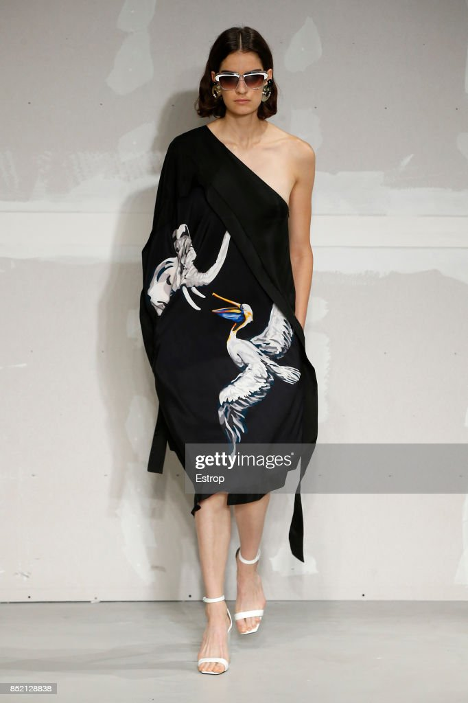 model-walks-the-runway-at-the-krizia-show-during-milan-fashion-week-picture-id852128838