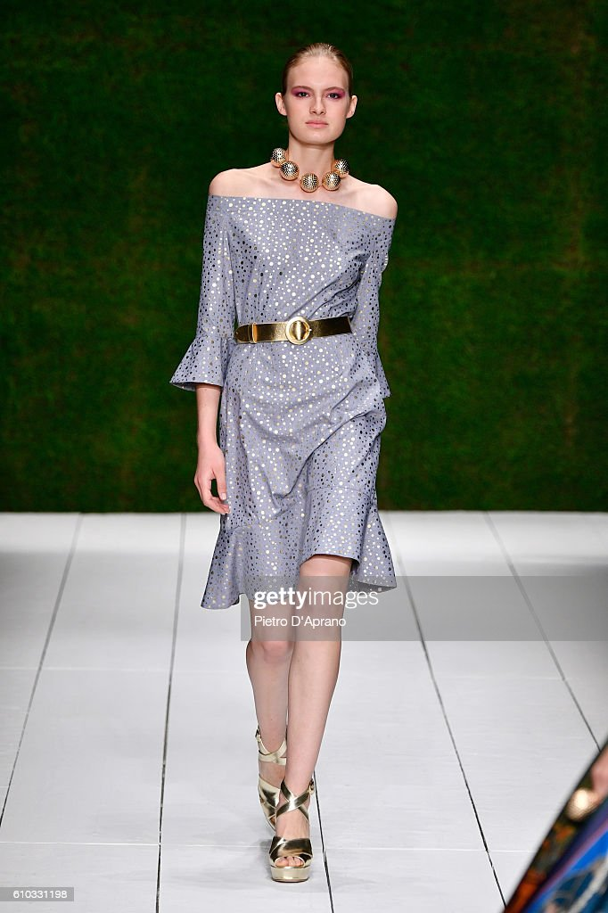 model-walks-the-runway-at-the-laura-biagiotti-show-during-milan-week-picture-id610331198