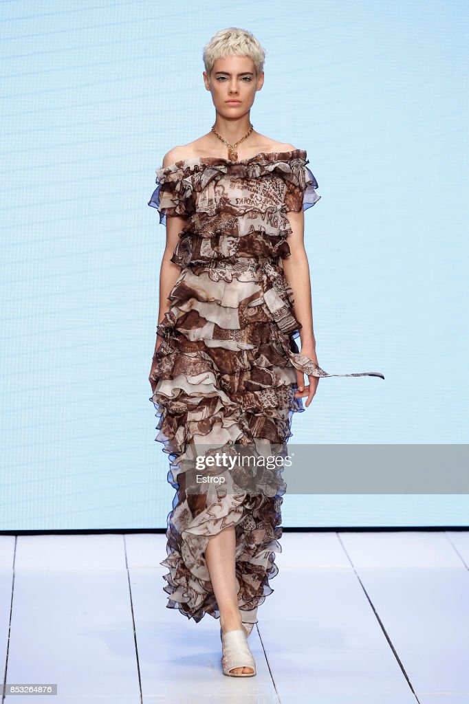 model-walks-the-runway-at-the-laura-biagiotti-show-during-milan-week-picture-id853264876