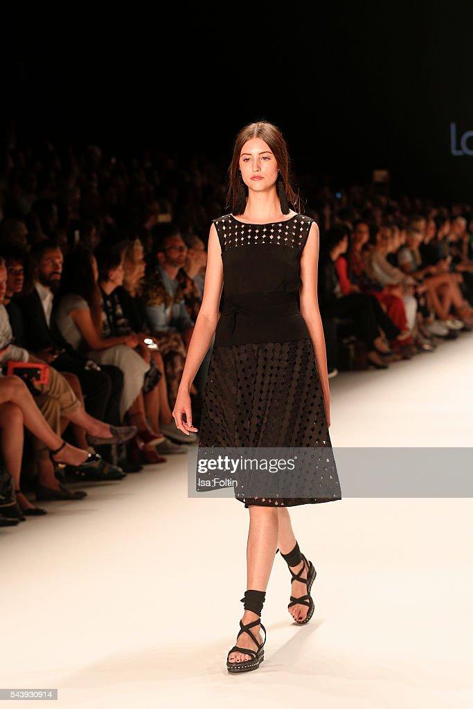 Laurel fashion show mercedes benz fashion week berlin for Mercedes benz fashion show
