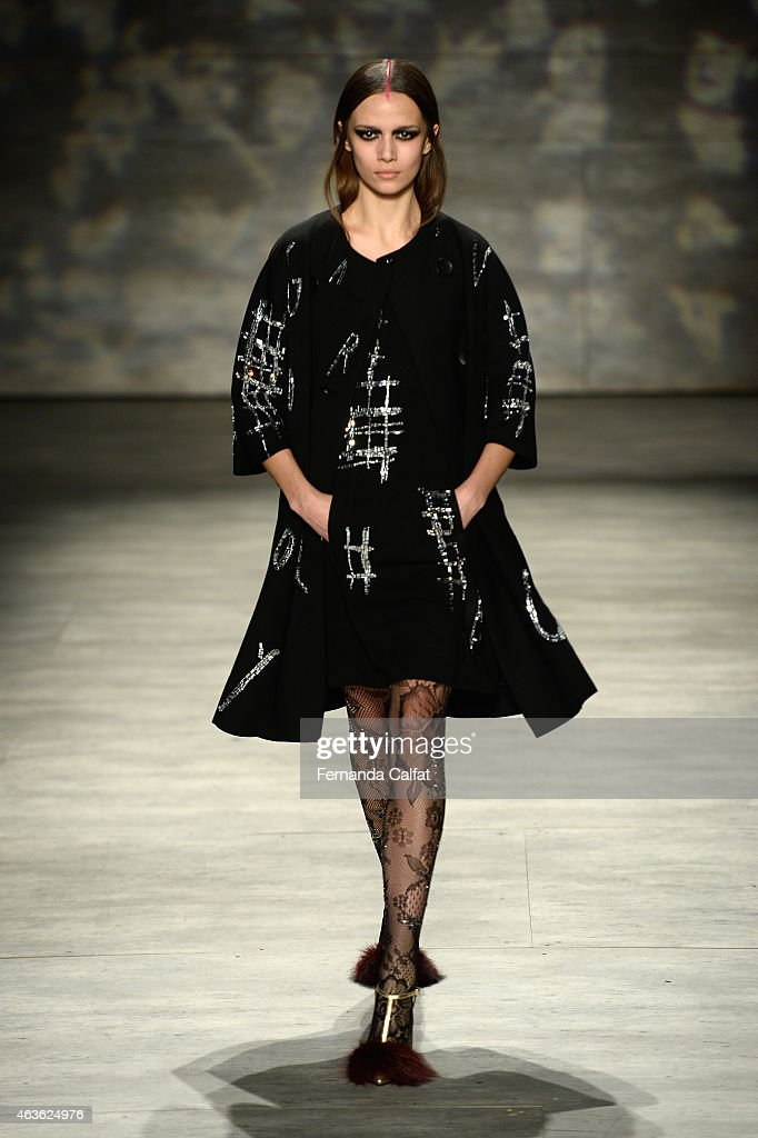 Libertine runway mercedes benz fashion week fall 2015 for Mercedes benz fashion show