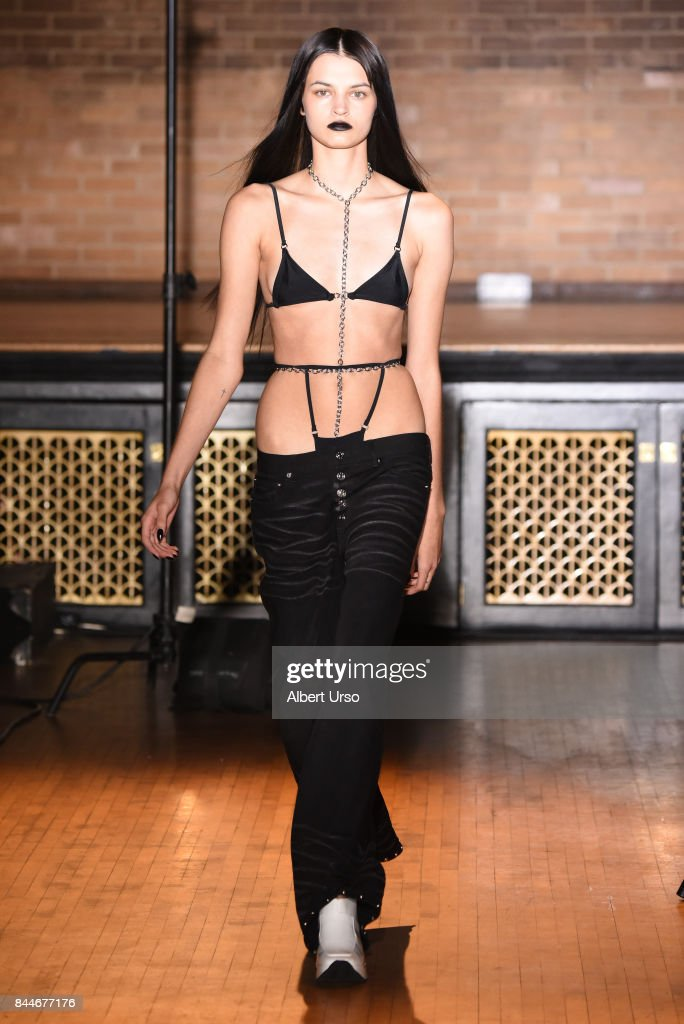 model-walks-the-runway-at-the-linder-fashion-show-during-new-york-picture-id844677176