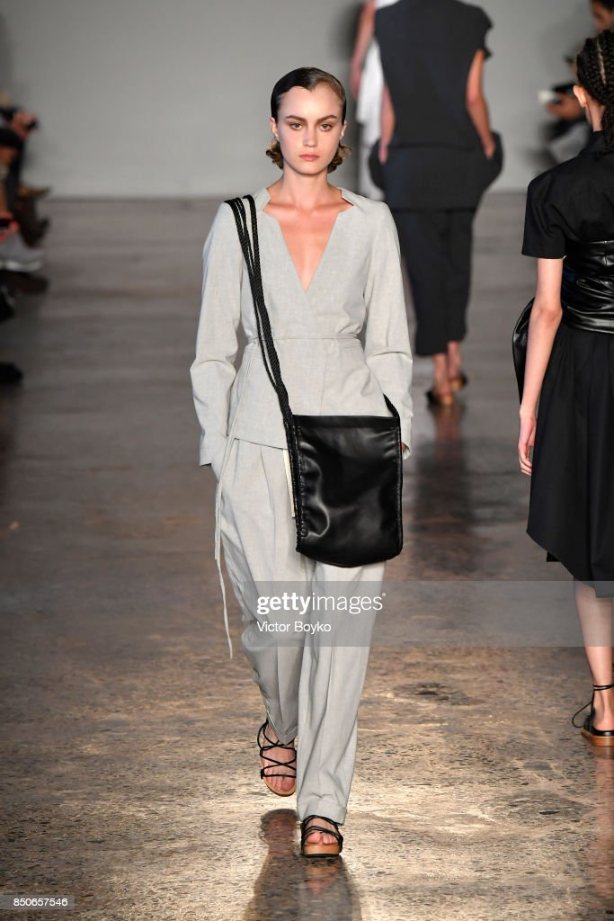 model-walks-the-runway-at-the-lucio-vanotti-show-during-milan-fashion-picture-id850657546