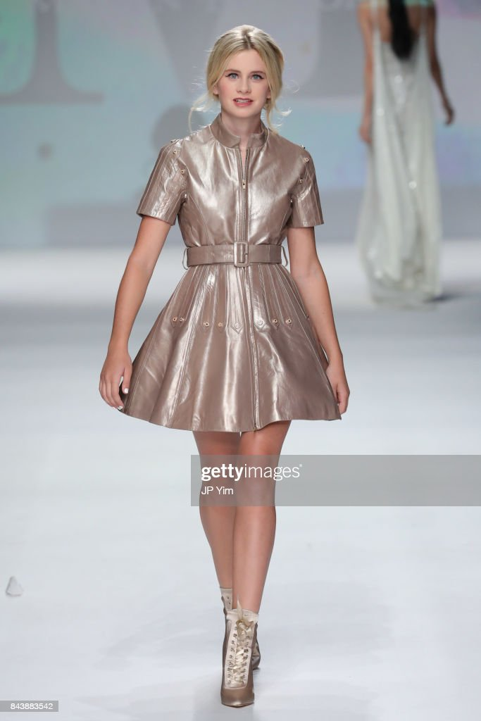 model-walks-the-runway-at-the-malan-breton-ss18-during-new-york-week-picture-id843883542