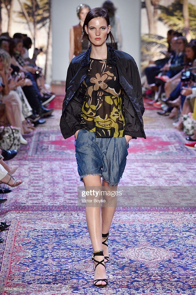A model walks the runway at the Marc Cain fashion show spring/summer 2017 at CITY CUBE Panorama Bar on June 28, 2016 in Berlin, Germany.