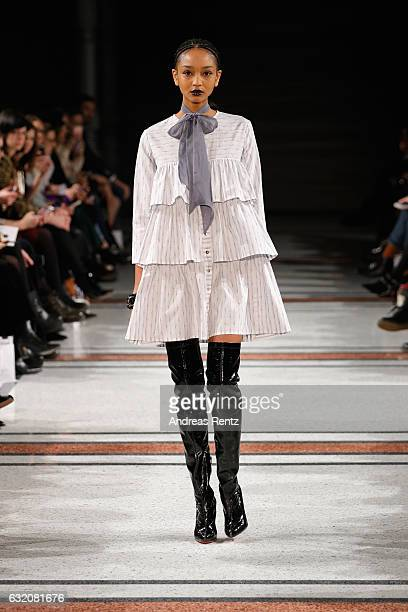 A model walks the runway at the Marina Hoermanseder defile during the Der Berliner Mode Salon A/W 2017 at Kronprinzenpalais on January 19 2017 in...