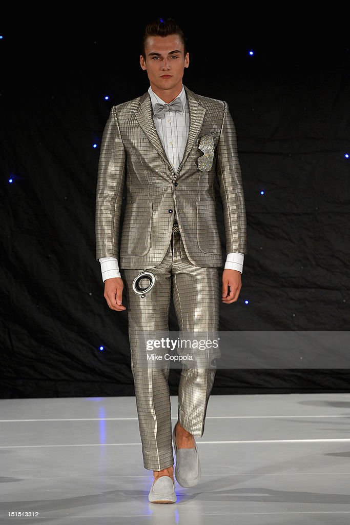 A model walks the runway at the Marlon Gobel Spring 2013 fashion show during MercedesBenz Fashion Week at the New York Public Library on September 8...