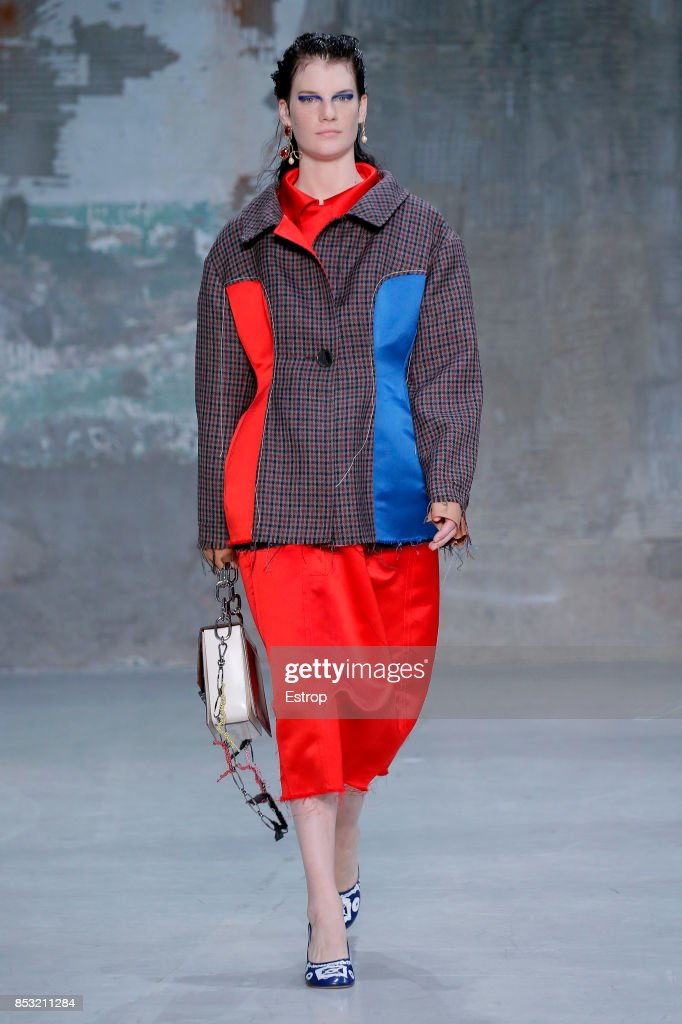 model-walks-the-runway-at-the-marni-show-during-milan-fashion-week-picture-id853211284