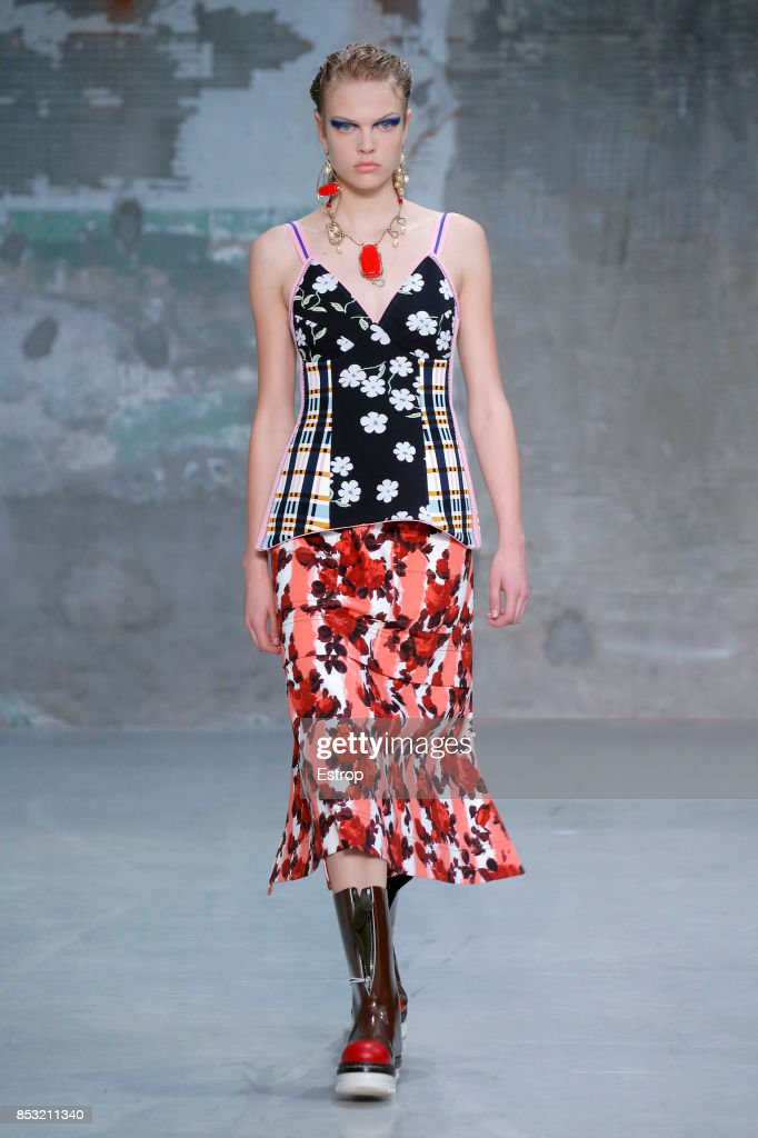 model-walks-the-runway-at-the-marni-show-during-milan-fashion-week-picture-id853211340