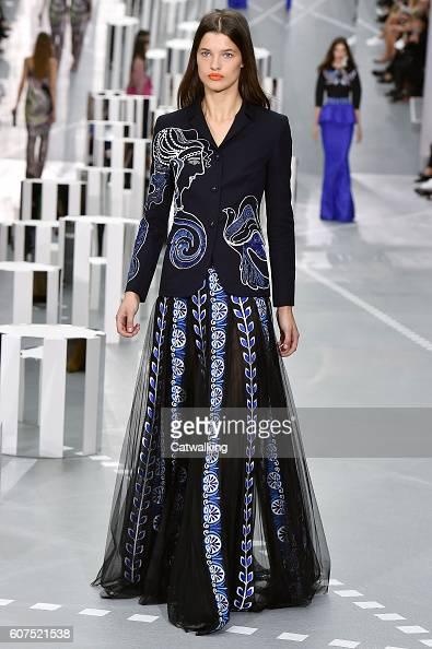 A model walks the runway at the Mary Katrantzou Spring Summer 2017 fashion show during London Fashion Week on September 18 2016 in London United...