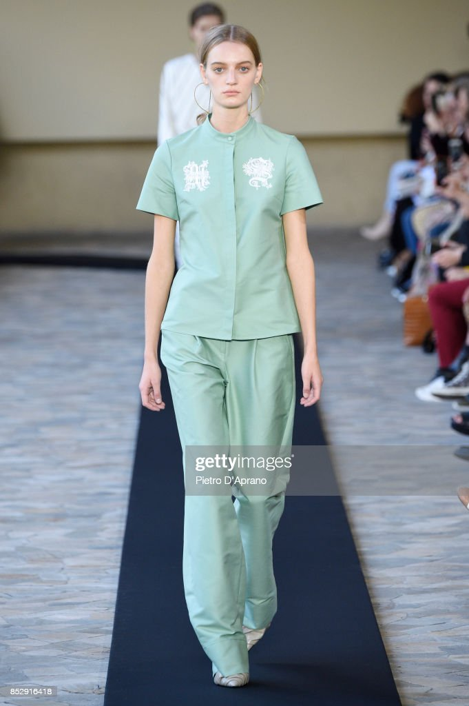 model-walks-the-runway-at-the-mila-schon-show-during-milan-fashion-picture-id852916418