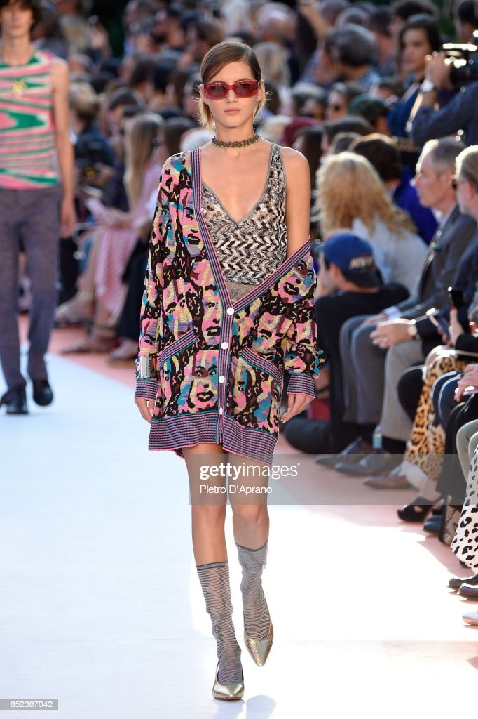 model-walks-the-runway-at-the-missoni-show-during-milan-fashion-week-picture-id852387042