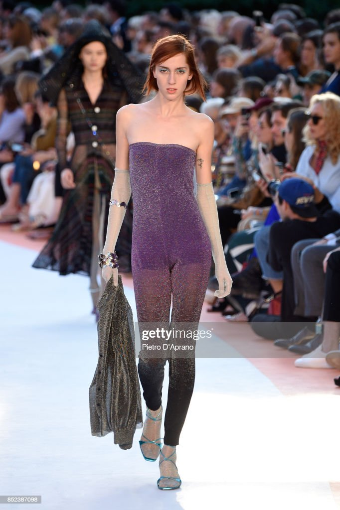 model-walks-the-runway-at-the-missoni-show-during-milan-fashion-week-picture-id852387098