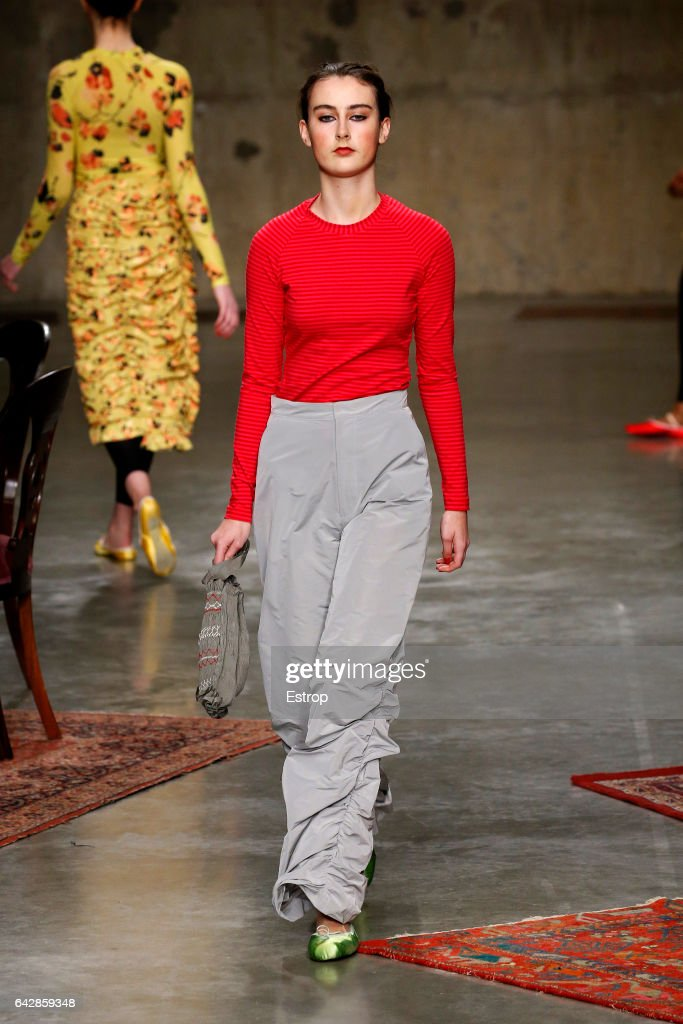 model-walks-the-runway-at-the-molly-goddard-show-during-the-london-picture-id642859348