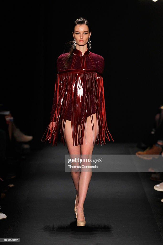 Mongol runway mercedes benz fashion week fall 2015 for Mercedes benz fashion show