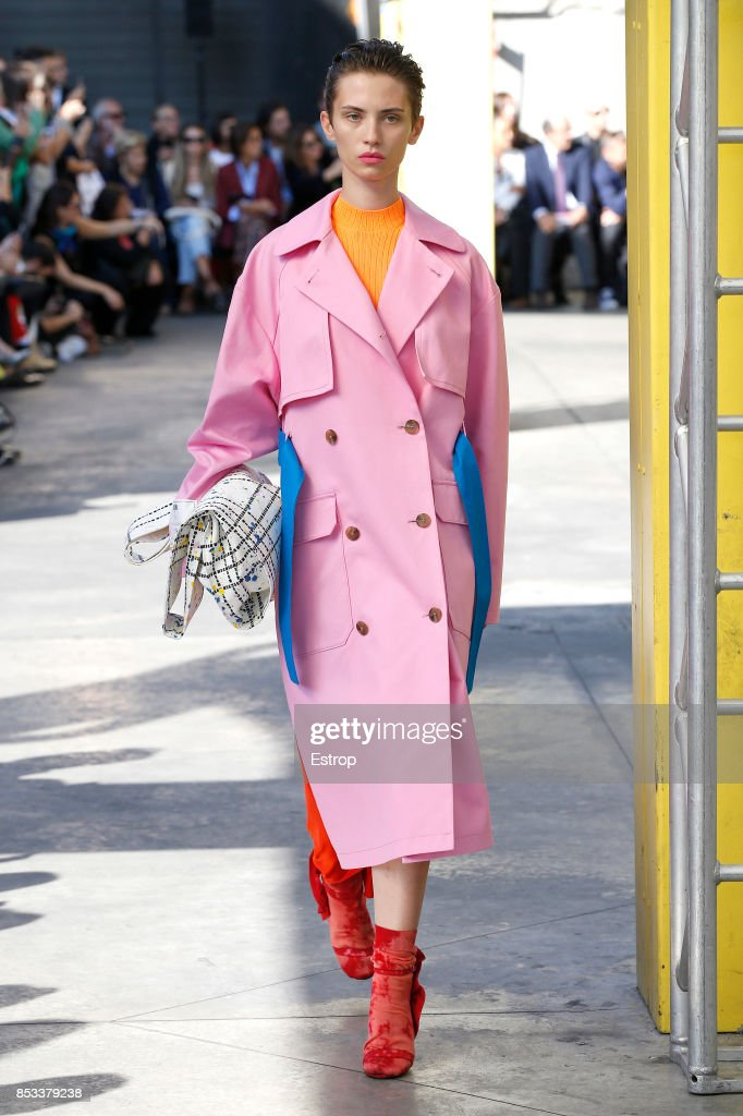 model-walks-the-runway-at-the-msgm-show-during-milan-fashion-week-picture-id853379238
