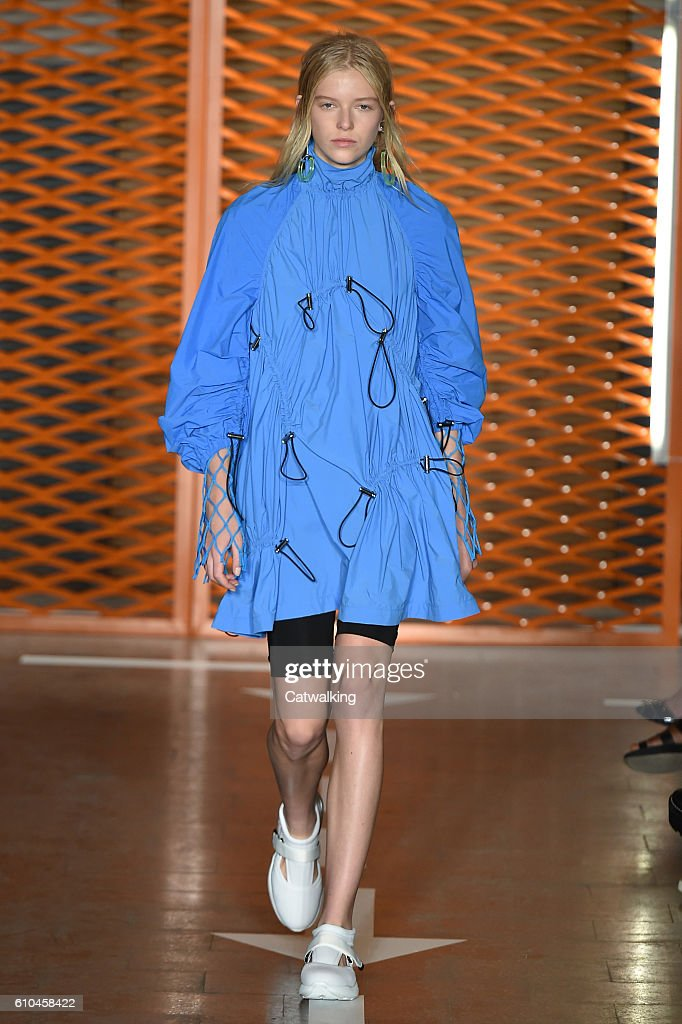 model-walks-the-runway-at-the-msgm-spring-summer-2017-fashion-show-picture-id610458422