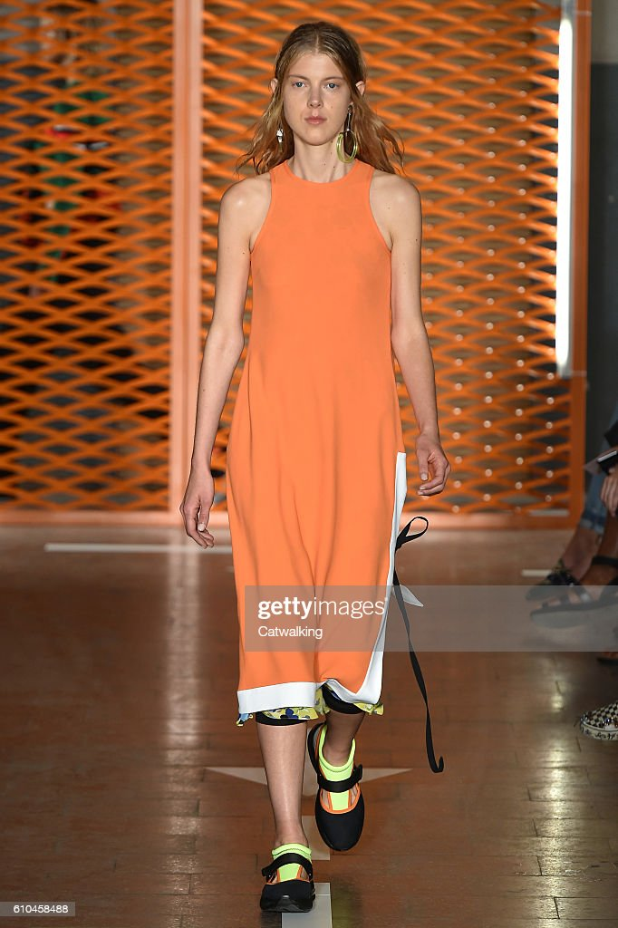model-walks-the-runway-at-the-msgm-spring-summer-2017-fashion-show-picture-id610458488