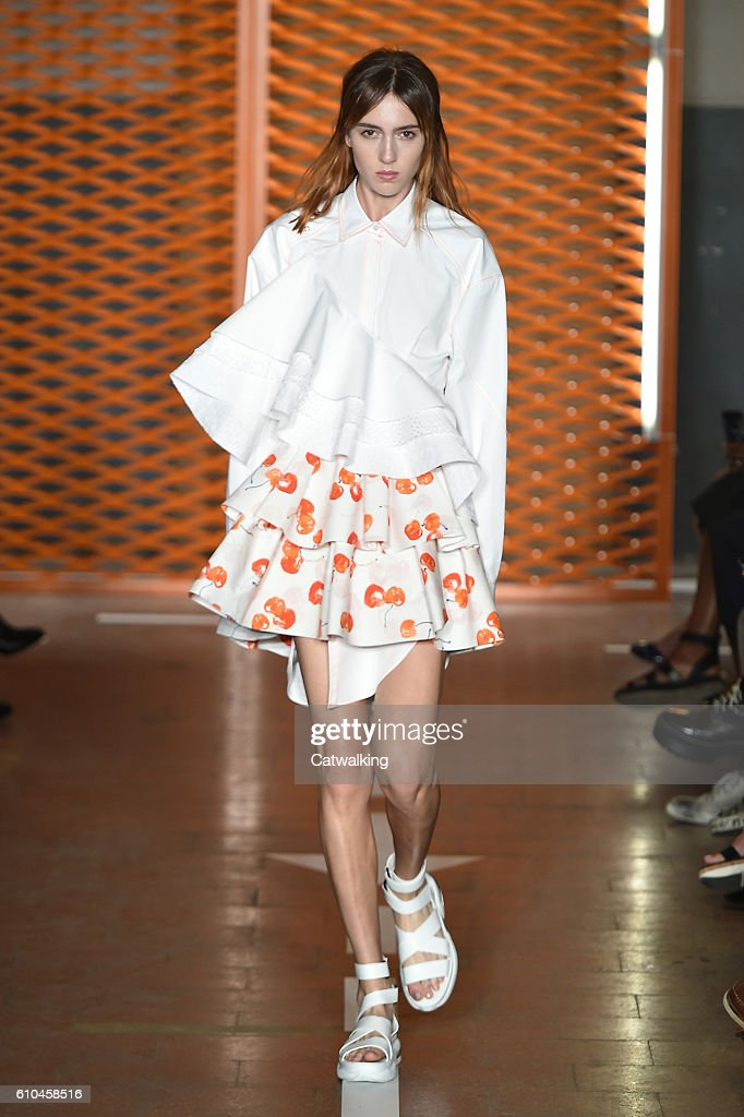 model-walks-the-runway-at-the-msgm-spring-summer-2017-fashion-show-picture-id610458516