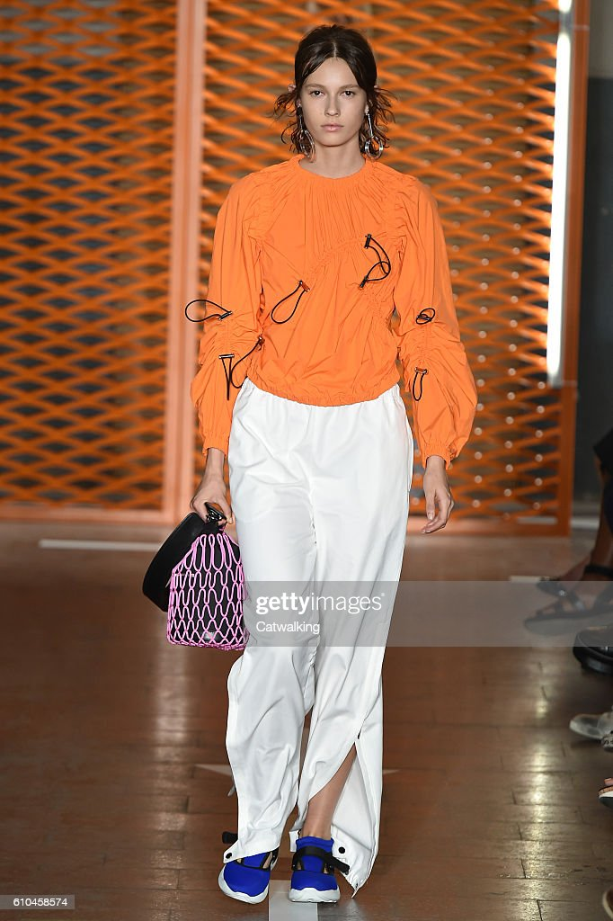 model-walks-the-runway-at-the-msgm-spring-summer-2017-fashion-show-picture-id610458574