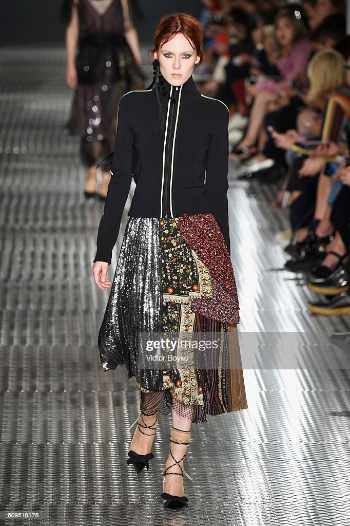 model-walks-the-runway-at-the-n21-show-during-milan-fashion-week-on-picture-id609518178