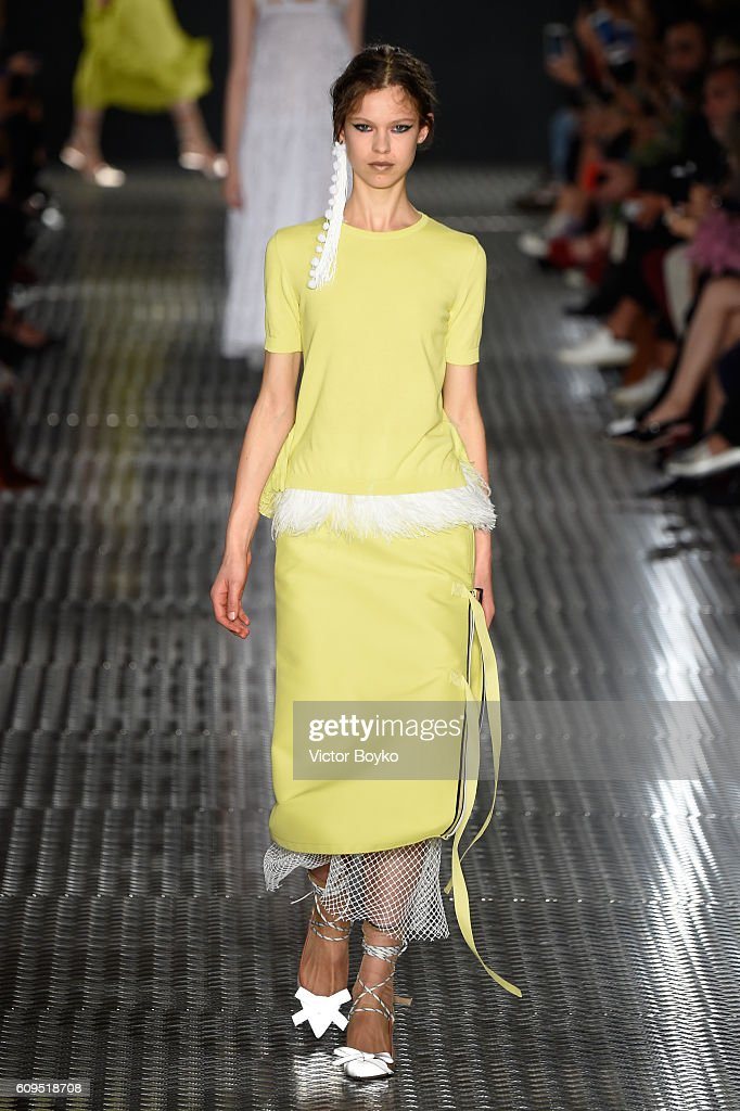 model-walks-the-runway-at-the-n21-show-during-milan-fashion-week-on-picture-id609518708