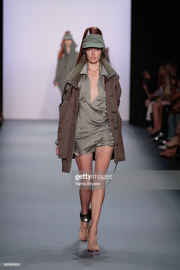 model-walks-the-runway-at-the-nicholas-k-spring-2017-new-york-fashion-picture-id600660606