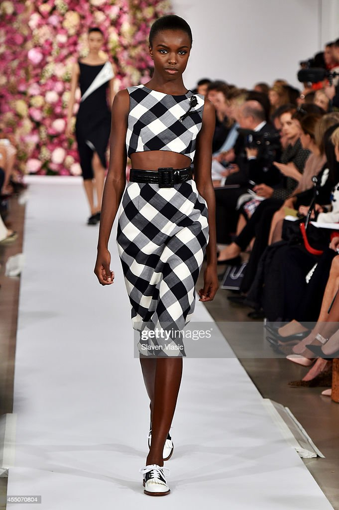 A model walks the runway at the Oscar De La Renta fashion show during Mercedes-Benz Fashion Week Spring 2015 on September 9, 2014 in New York City.
