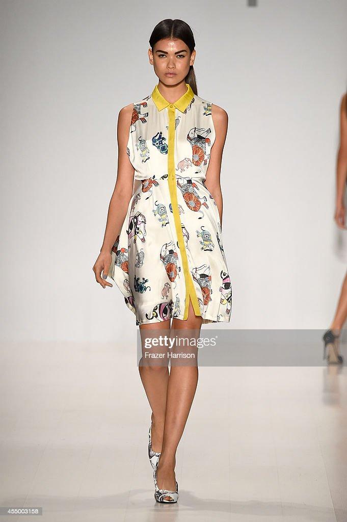 Mercedes benz fashion week spring 2015 official coverage for Mercedes benz fashion show