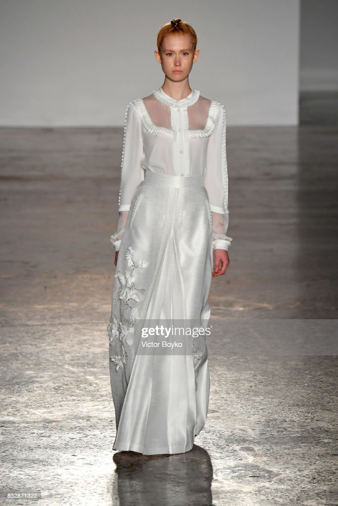 model-walks-the-runway-at-the-piccionepiccione-show-during-milan-picture-id852871322